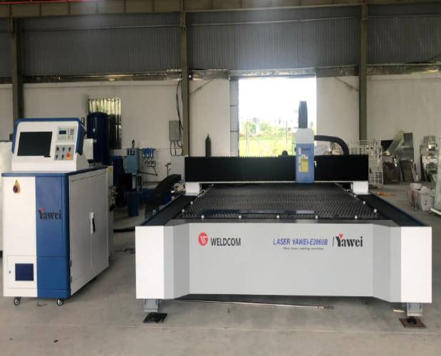 Fiber laser cutting machine Yawei-E2060B